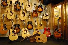 Guitar Showcase 26 Photos Musical Instruments