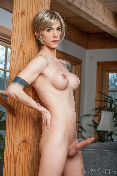 Marika Fruscio Nuda