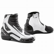 Demi Bottes Forma Axel Bottes Et Chaussures Motoblouz