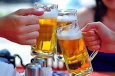 6 Fakta Mengejutkan Di Balik Minuman Beralkohol Minuman