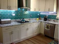 Kitchen Peel And Stick Backsplash 10 Peel And Stick Kitchen Backsplash Ideas 2019 Cheap One