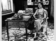 the queen's commonwealth essay