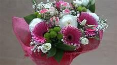 prezzo fiori bouquet rosa e bianco con roselline gerbere e lisianthus