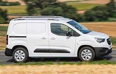 Opel Combo Xl - opel raddoppia combo ora disponibile anche in