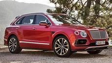 the motoring world the ultra luxurious bentley bentayga achieves the suv of the year from robb