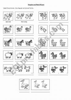 animal plural worksheets 14355 singular and plural nouns animals esl worksheet by romhy