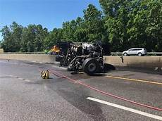 accident on highway 40 st louis today dump truck fire closes lanes on highway 40 in chesterfield law and order stltoday com