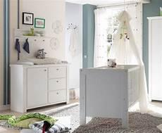 wickelkommode und babybett babyzimmer spar set babybett und wickelkommode 2 tlg