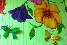 Fantastis 17 Gambar Lukisan Bunga Di Tembok Gambar