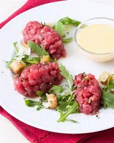 crema inglese salata tartare di fassona con crema inglese salata ricetta nel 2020 ricette ricette con carne di