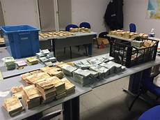 48 dollars en euros with millions in busted in routine customs
