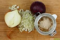 Hustensaft Aus Zwiebeln - zwiebelsaft gegen husten einfaches rezept zum selbermachen