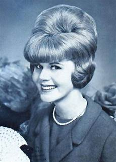 60s hairstyle for men 60s hairstyles with headbands 60s hair styles bouffant 60 s