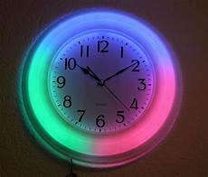 Neonuhr Wanduhr American Style Neon Uhr Bar Gro 223 En Zahlen