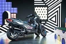 nouveauté maxi scooter 2019 yamaha gt le nouveau scooter yamaha 224 trois roues avec le