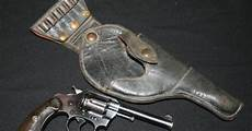 colt police positive revolver in 32 new police cal ca 1920 with swivel holster militaria