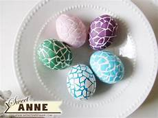 Basteln Mit Zerbrochenen Eierschalen - a typical home easter egg decorating ideas