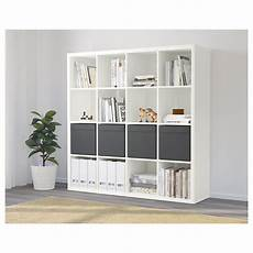 ikea raumteiler regal kallax regal mit 4 eins 228 tzen wei 223 kallax regal regal