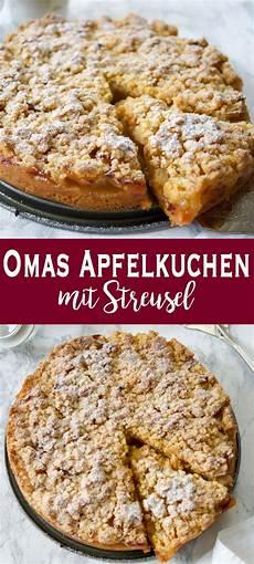 Omas Apfelkuchen Mit Streusel Apfelkr 252 Mel Rezept