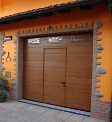sezionale garage tecnologia in garage porte finestre