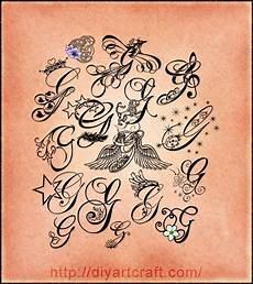 tatuaggi lettere con fiori 16 lettere stilizzate maiuscola g corsivo elegante e
