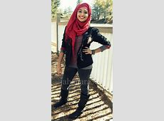 Love it, cool hijabi   Hijab fashion, Hijabi fashion