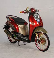 Scoopy Modifikasi Simple by Modifikasi Honda Scoopy Simple Elegance Oto Trendz
