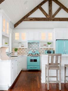 Decorating Ideas For Kitchen Remodel by 10 Decorating Ideas For A Coastal Kitchen