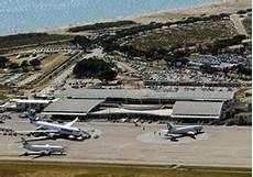 hertz ajaccio aéroport location utilitaire ajaccio a 233 roport