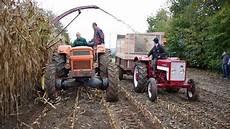 vidéo de tracteur ensilage 2017 avec des tracteurs d 233 poques someca fiat international mccormick ih new