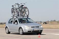 fahrradträger test adac 14 fahrradtr 228 ger im adac test heise autos