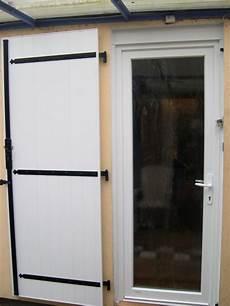 volet porte fenetre pvc porte d entr 233 e pvc blanc verre d 233 poli et volet battant