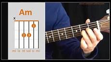 Youtube Cours De Guitare Apprendre Les Accords De Base 224 La Guitare Cours