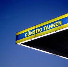 Benzin Und Diesel So Setzen Tankstellen Spritpreise