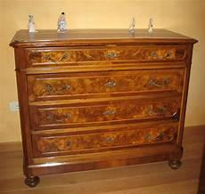 compravendita mobili antichi restauro legno restauro mobili serramenti in legno a