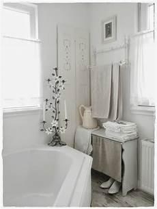 bagno shabby chic shabby and charme una favolosa stanza da bagno in stile