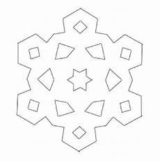Schneeflocken Ausschneiden Vorlage - schneeflocken aus papier basteln vorlage schneeflocken