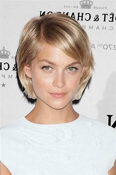 20 ideas of short hairstyles for heart shaped faces