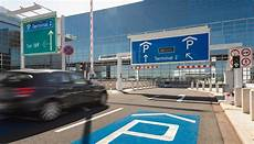 Am Flughafen Frankfurt Kann Jetzt Beim Parken Sparen