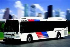 daimler verkauft niederlassungen daimler buses verkauft den 3 000 hybrid magazin