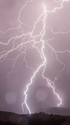 free hd lightning strikes iphone wallpaper for download 0447