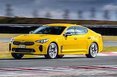 Kia Stinger 330si 2017 Review Snapshot Carsguide