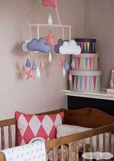 deko ideen babyzimmer selber machen babyzimmer basteleien baby mobile babymobile und