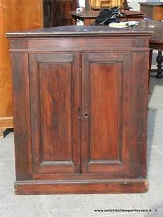 credenza angolare antiquariato e restauro di mobili d epoca e antichi a cagliari