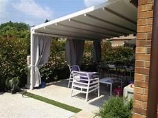tende per terrazzo impermeabili pergolato in legno con tenda scorrevole prezzi con tettoie