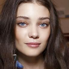 maquillage pour aux yeux bleus maquillage des yeux bleus comment maquiller des yeux