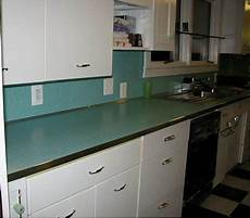 Kitchen Counter Trim by Create A Large Fabulous Retro Kitchen And Breakfast Room