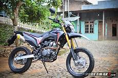 Modifikasi Crf 150 by Modifikasi Honda Crf150l Hitam Ala Supermoto Milik Juragan