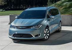 Photos And Videos Of Chrysler Pacifica Plug In Hybrid