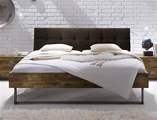 Pin Betten De Auf Industrial Style In 2019 Leather